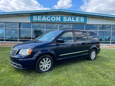 2016 Chrysler Town and Country for sale at BEACON SALES & SERVICE in Charlotte MI
