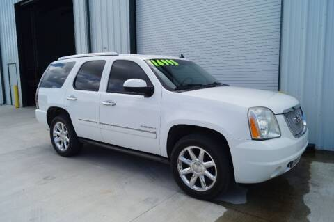 2011 GMC Yukon for sale at Deaux Enterprises, LLC. in Saint Martinville LA