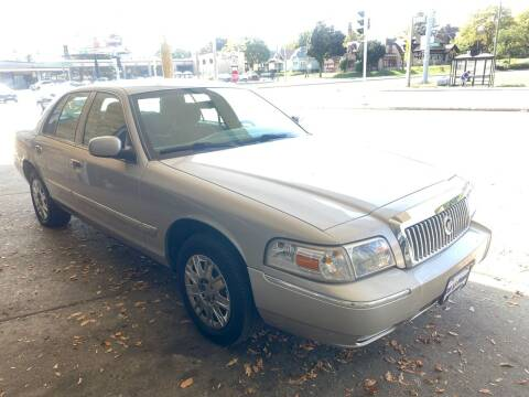 2006 Mercury Grand Marquis for sale at Car Planet Inc. in Milwaukee WI