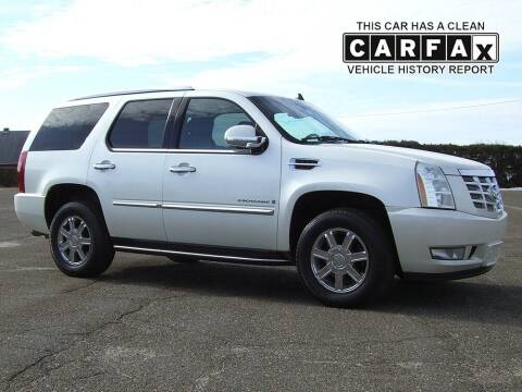 2007 Cadillac Escalade for sale at Atlantic Car Company in East Windsor CT
