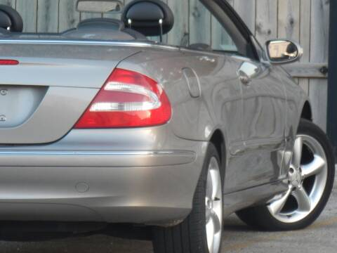 2005 Mercedes-Benz CLK for sale at Moto Zone Inc in Melrose Park IL