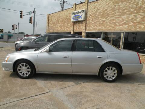 2011 Cadillac DTS for sale at Kingdom Auto Centers in Litchfield IL