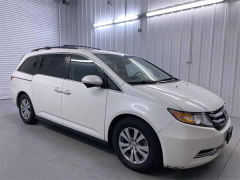 2016 Honda Odyssey for sale at JOE BULLARD USED CARS in Mobile AL