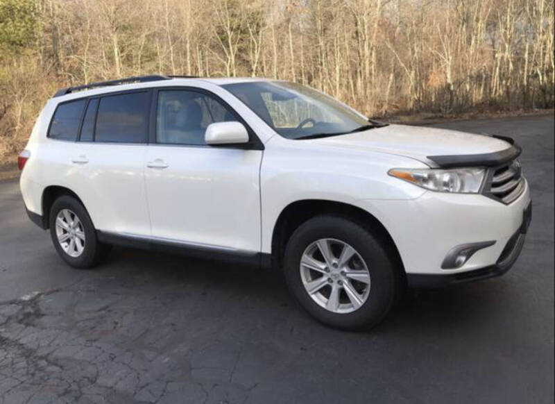 2011 Toyota Highlander for sale at BORGES AUTO CENTER, INC. in Taunton MA