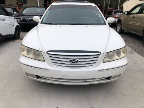 2006 Hyundai Azera for sale at Louie's Auto Sales in Leesburg FL