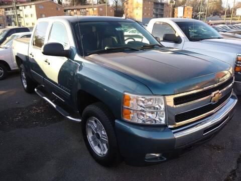 2011 Chevrolet Silverado 1500 for sale at Auto Villa in Danville VA