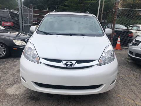 2008 Toyota Sienna for sale at Six Brothers Auto Sales in Youngstown OH
