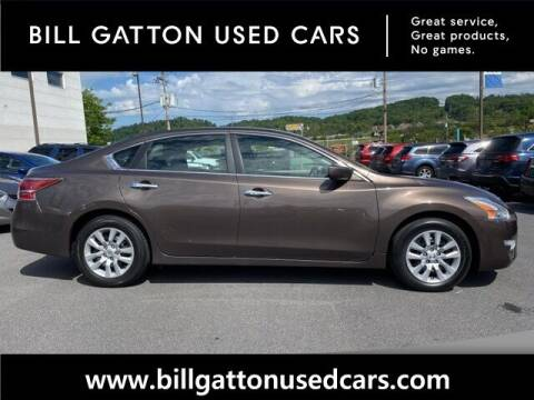 2014 Nissan Altima for sale at Bill Gatton Used Cars in Johnson City TN