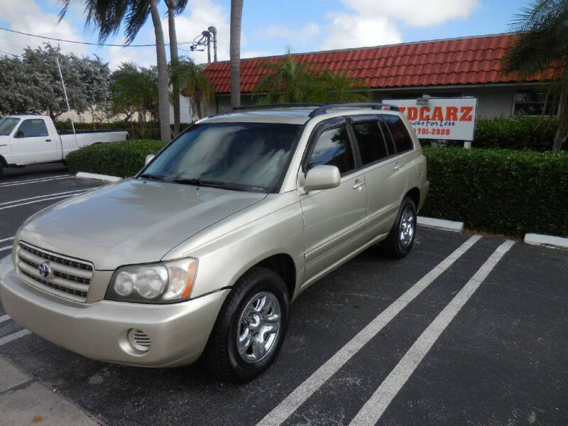 2003 Toyota Highlander for sale at Uzdcarz Inc. in Pompano Beach FL