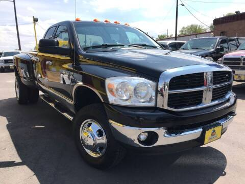 2007 Dodge Ram Pickup 3500 for sale at New Wave Auto Brokers & Sales in Denver CO