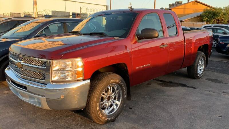 2013 Chevrolet Silverado 1500 for sale at 911 AUTO SALES LLC in Glendale AZ