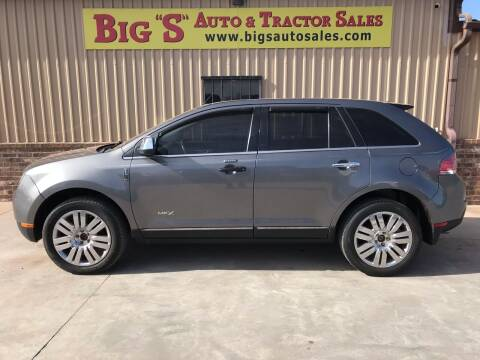 2010 Lincoln MKX for sale at BIG 'S' AUTO & TRACTOR SALES in Blanchard OK