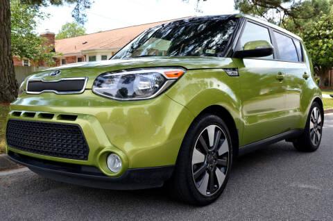2015 Kia Soul for sale at Wheel Deal Auto Sales LLC in Norfolk VA