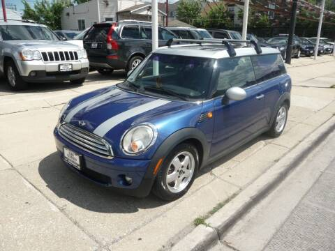 2008 MINI Cooper Clubman for sale at CAR CENTER INC in Chicago IL