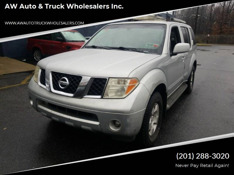 2005 Nissan Pathfinder for sale at AW Auto & Truck Wholesalers  Inc. in Hasbrouck Heights NJ