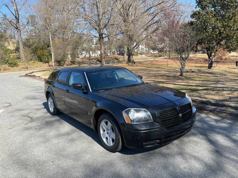2005 Dodge Magnum for sale at Bull City Auto Sales and Finance in Durham NC