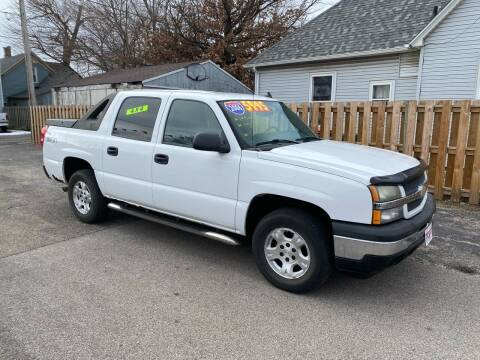 2006 Chevrolet Avalanche for sale at PEKIN DOWNTOWN AUTO SALES in Pekin IL