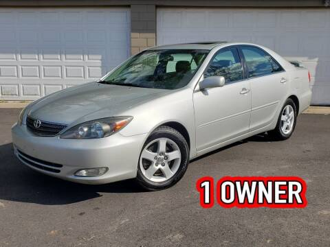 2004 Toyota Camry for sale at Riverfront Auto Sales in Middletown OH