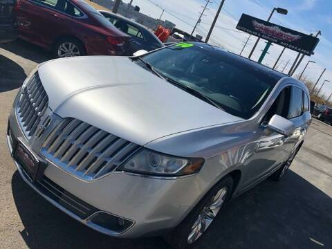 2010 Lincoln MKT for sale at Washington Auto Group in Waukegan IL
