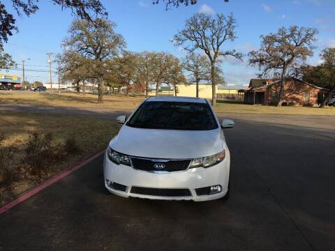 2012 Kia Forte for sale at RP AUTO SALES & LEASING in Arlington TX
