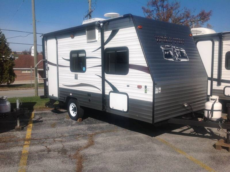 2014 Wolf Pup Limited (Cherokee) 16 FB for sale at Vernon Auto and Camper Sales in York PA