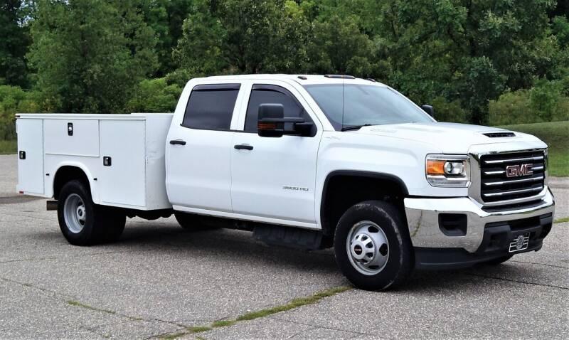 2018 GMC Sierra 3500HD for sale at KA Commercial Trucks, LLC in Dassel MN