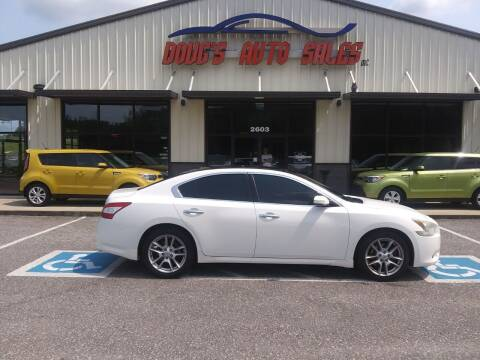 2009 Nissan Maxima for sale at DOUG'S AUTO SALES INC in Pleasant View TN