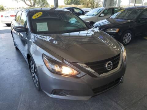 2016 Nissan Altima for sale at Sac River Auto in Davis CA