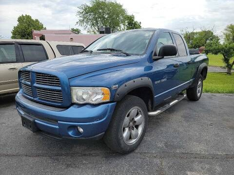 2003 Dodge Ram Pickup 1500 for sale at Lakeshore Auto Wholesalers in Amherst OH