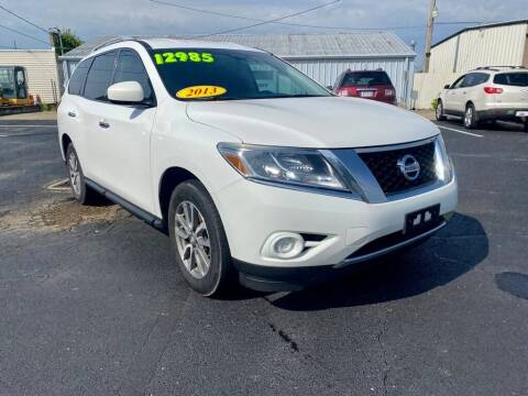 2013 Nissan Pathfinder for sale at Used Car Factory Sales & Service Troy in Troy OH