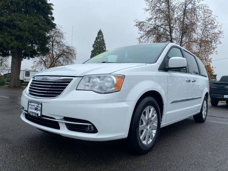 2015 Chrysler Town and Country for sale at Pacific Auto LLC in Woodburn OR