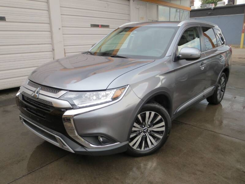 2019 Mitsubishi Outlander for sale at PR1ME Auto Sales in Denver CO