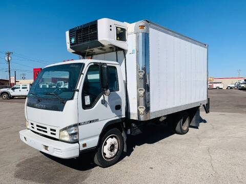 2006 Isuzu NQR for sale at Ray and Bob's Truck & Trailer Sales LLC in Phoenix AZ