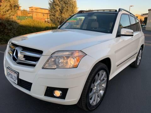 2011 Mercedes-Benz GLK for sale at Select Auto Wholesales in Glendora CA