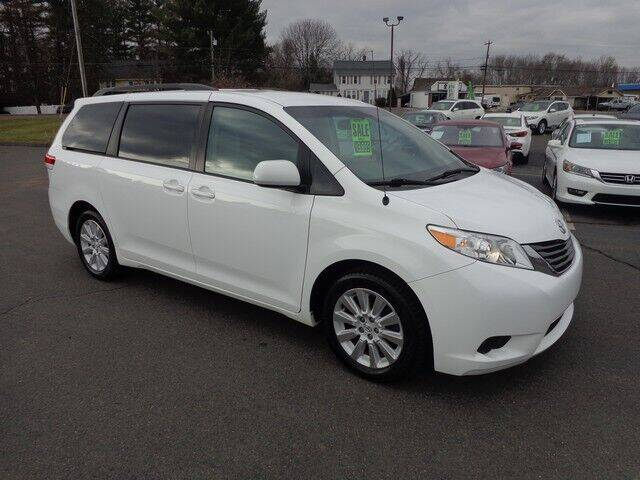 2014 Toyota Sienna for sale at BETTER BUYS AUTO INC in East Windsor CT