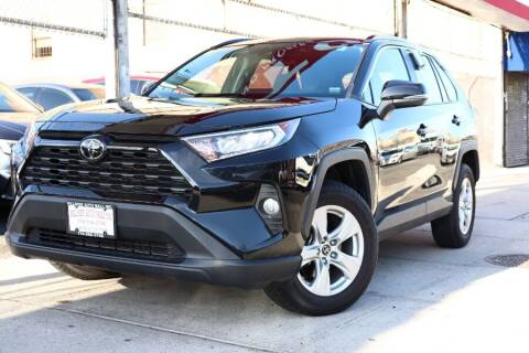 2019 Toyota RAV4 for sale at HILLSIDE AUTO MALL INC in Jamaica NY
