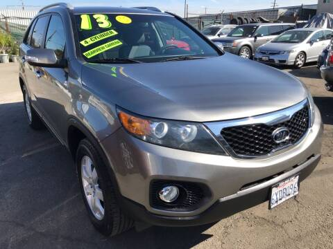 2013 Kia Sorento for sale at CAR GENERATION CENTER, INC. in Los Angeles CA