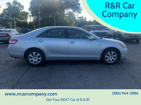 2011 Toyota Camry for sale at R&R Car Company in Mount Clemens MI