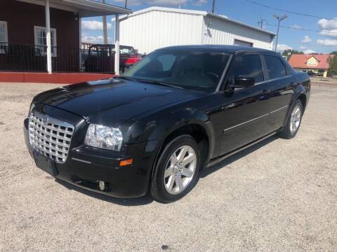 2007 Chrysler 300 for sale at Decatur 107 S Hwy 287 in Decatur TX