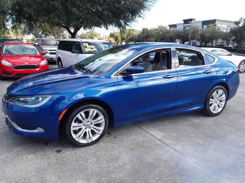 2015 Chrysler 200 for sale at FAMILY AUTO BROKERS in Longwood FL