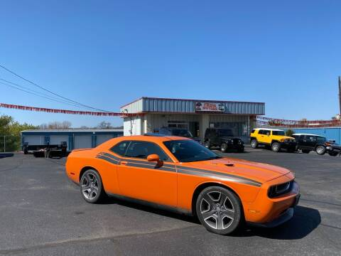 2012 Dodge Challenger for sale at FIESTA MOTORS in Hagerstown MD