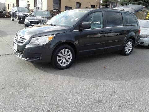 2012 Volkswagen Routan for sale at Nelsons Auto Specialists in New Bedford MA