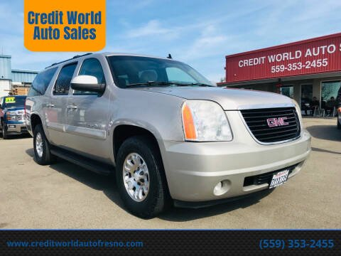 2007 GMC Yukon XL for sale at Credit World Auto Sales in Fresno CA
