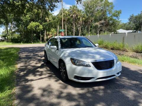 2014 Chrysler 200 for sale at Pioneers Auto Broker in Tampa FL