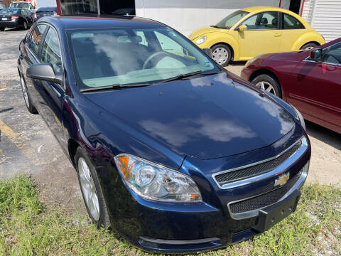 2010 Chevrolet Malibu for sale at Best Deal Motors in Saint Charles MO