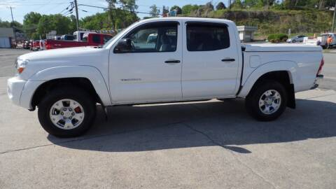 2007 Toyota Tacoma for sale at G AND J MOTORS in Elkin NC