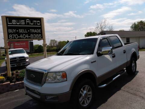 2005 Ford F-150 for sale at LEWIS AUTO in Mountain Home AR