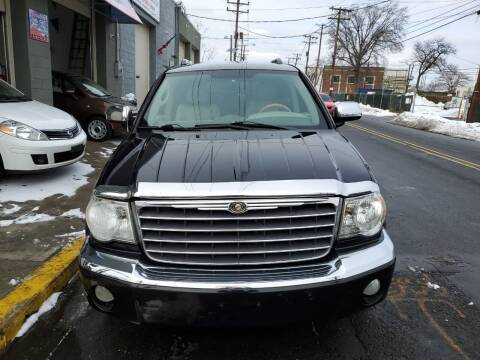 2007 Chrysler Aspen for sale at SUNSHINE AUTO SALES LLC in Paterson NJ