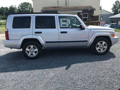 2006 Jeep Commander for sale at PENWAY AUTOMOTIVE in Chambersburg PA