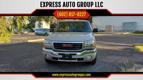 2005 GMC Sierra 1500 for sale at EXPRESS AUTO GROUP in Phoenix AZ